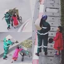 Có thể là hình ảnh về trẻ em, đang đi bộ, đang đứng, đường và đường phố